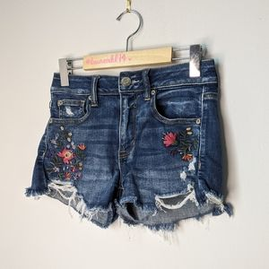 AE high rise shortie shorts size 4
